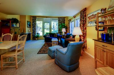 Aspen Village Golf Course Condo- Fairways 61 - McCall Vacation Rental