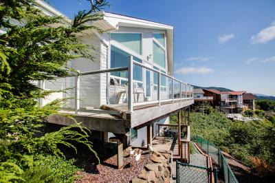Pacific View Paradise Vacation Rental - 1 BR Option - Rockaway Beach Vacation Rental