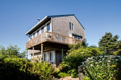 Fisherman's Dream Vacation Rental - Cape Meares Vacation Rental