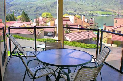Lake Chelan Shores: Eclectic Escape (#19-5) - Chelan Vacation Rental