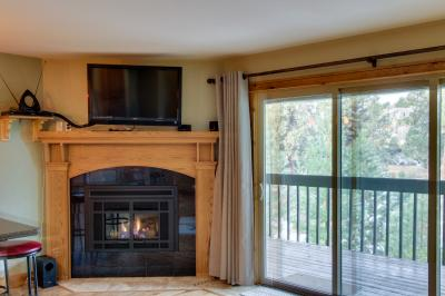 Mt Bachelor Village Ski House Condo 117 - Bend Vacation Rental