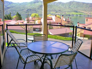 Lake Chelan Shores: Eclectic Escape (#19-5) - Chelan Vacation Rental