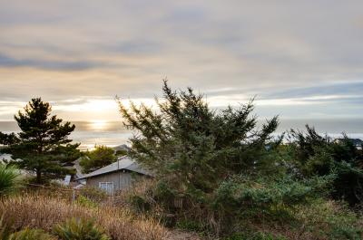 Whale Watch - Lincoln City Vacation Rental