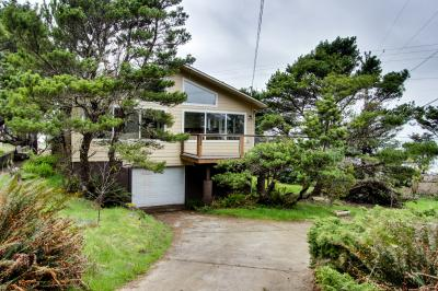 Pacific View Hideaway - Yachats Vacation Rental