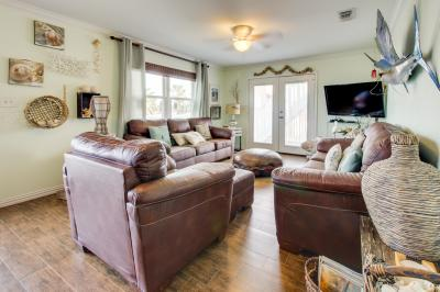 Mesquite House Upstairs Unit - South Padre Island Vacation Rental