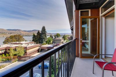Chelan Resort Suites: Concord Bliss #305 - Chelan Vacation Rental