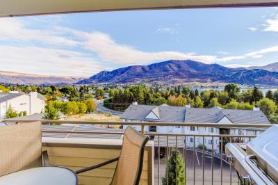 Park Pointe: Chelan Delight (D302) - Chelan Vacation Rental