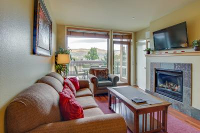 Chelan Resort Suites: Lake Vista #109 - Chelan Vacation Rental