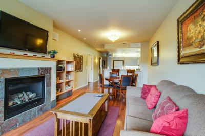 Chelan Resort Suites: Lake Vista (#109) - Chelan Vacation Rental