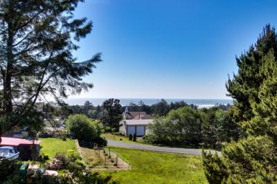 Sea to Sky Ocean View Retreat - Waldport Vacation Rental