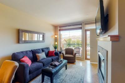 Chelan Resort Suites: Lakeview Hideaway #311 - Chelan Vacation Rental
