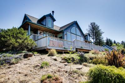 Lund Lodge Vacation Rental - Neskowin Vacation Rental