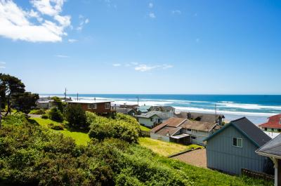 SeaLah - Lincoln City Vacation Rental