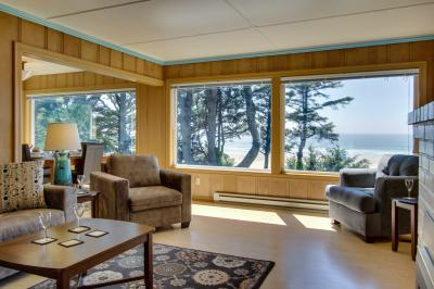 Agate Beach Oceanfront Lodge - Newport Vacation Rental