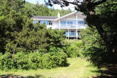 Yachats Luxury Beachfront Estate - Yachats Vacation Rental