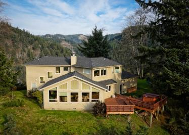 Summit Views - Neskowin Vacation Rental