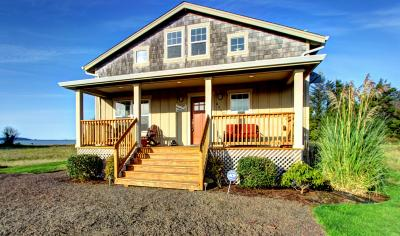 Bayside Cabin - Bay City Vacation Rental