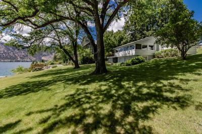 Schmitt Lakefront Getaway - Manson Vacation Rental
