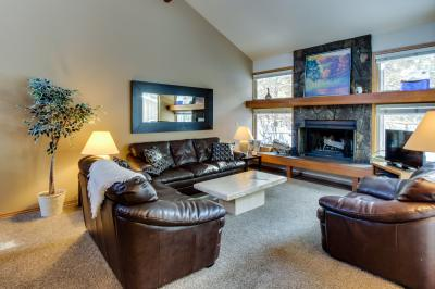 #25 Quelah Condo - Sunriver Vacation Rental