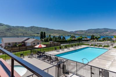 Lake Chelan Shores: Serenity at the Shore (#17-1) - Chelan Vacation Rental