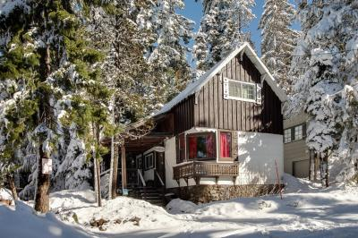 The Wilcox Cabin - Government Camp Vacation Rental