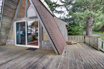 Sea Haus - Lincoln City Vacation Rental