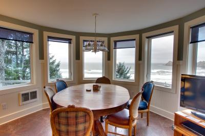 Berni's Ocean View Castle - an Oceanside Legend - Oceanside Vacation Rental