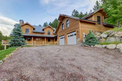 Eagle's Landing Lodge - Lakeside Vacation Rental