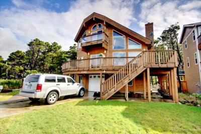 Pine Beach Lodge - Rockaway Beach Vacation Rental