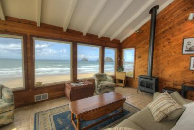 Blue Sea Cottage Vacation Rental - Oceanside Vacation Rental