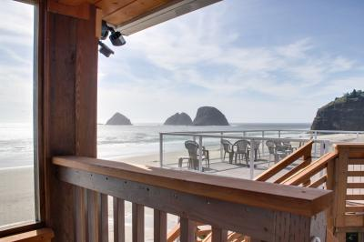 Boat Basin #1  & Tillamook Nook #2 - Oceanside Vacation Rental