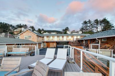 Tillamook Nook #2 - Oceanside Vacation Rental