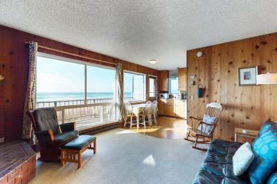 Cape Cod Cottages - Unit 11 - Waldport Vacation Rental