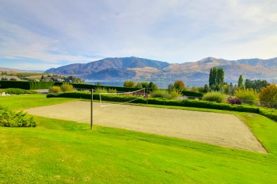 Lake Chelan Shores Hilltop Hideaway - Chelan Vacation Rental