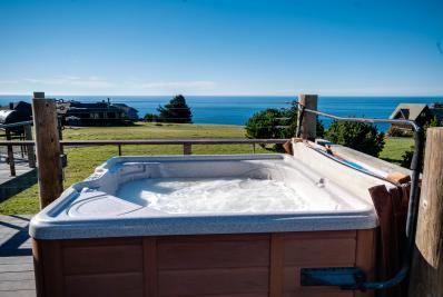 Captain Phil's - Albion Vacation Rental