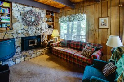 Talmont Trailhead Cabin - Tahoe City Vacation Rental