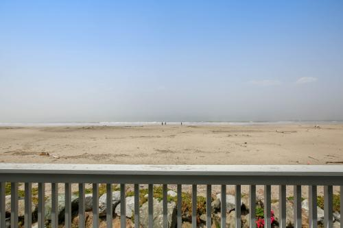 Beach Island Retreat - Aptos, CA Vacation Rental