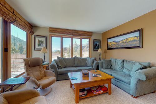 Ski Run Condominiums 404 -  Vacation Rental - Photo 1