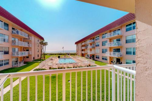 Sun Kissed - Cocoa Beach, FL Vacation Rental