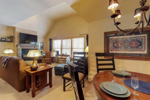 Jackpine Lodge 8011 -  Vacation Rental - Photo 1