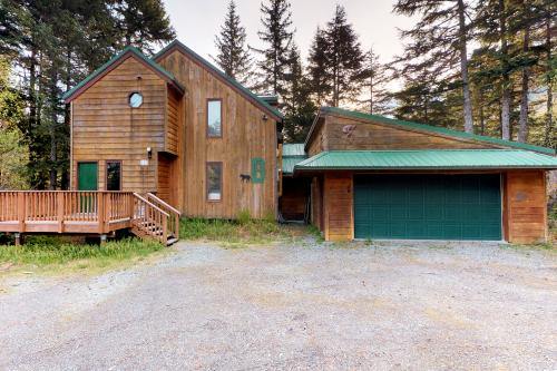 Forest House -  Vacation Rental - Photo 1
