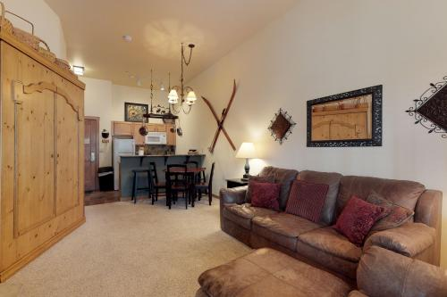 Arapahoe Lodge 8105 -  Vacation Rental - Photo 1