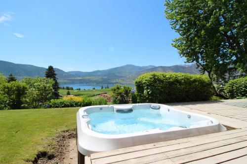 Lake View Rambler -  Vacation Rental - Photo 1