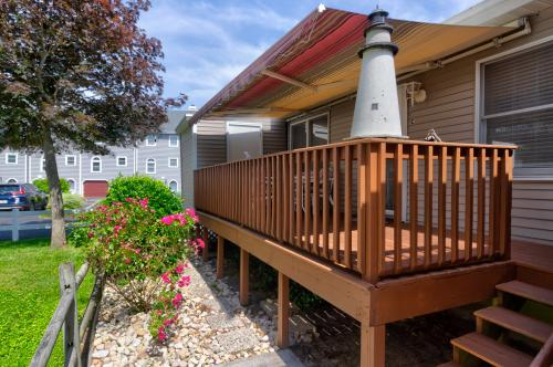 Lighthouse Cove -  Vacation Rental - Photo 1