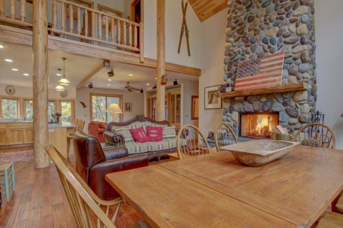 Wy' East Log Lodge -  Vacation Rental - Photo 1