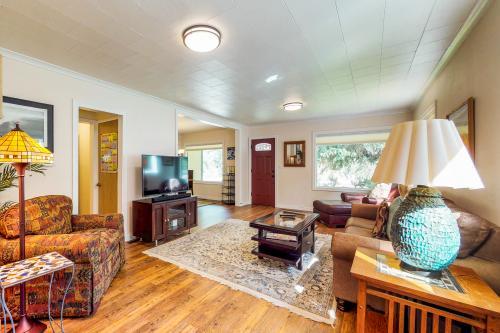 River West Cottage - Bend, OR Vacation Rental