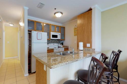 Star Beachside #102 -  Vacation Rental - Photo 1