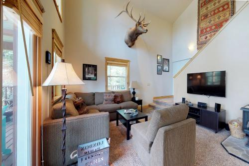 Bear Basin Cabin -  Vacation Rental - Photo 1