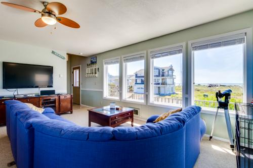 Waters Edge - Cape Meares, OR Vacation Rental