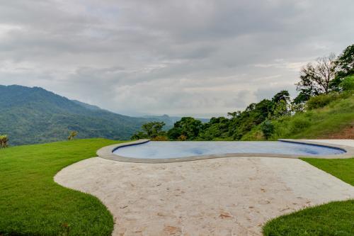 Casa Kristal - Dominical, Costa Rica Vacation Rental